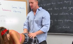 Cheating schoolgirl Vivie Delmonico